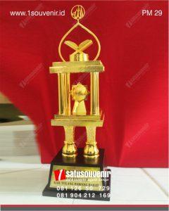 Piala MTQ bergiliir kabupaten tulang bawang