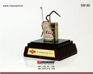 souvenir miniatur alat semprot tanaman