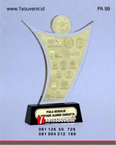Plakat Akrilik Piala Bergilir Olimpiade Alumni Sangatta