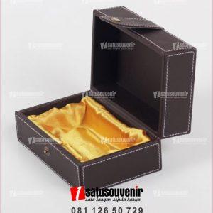 kotak box custom kulit
