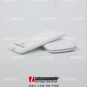 souvenir perusahaan powerbank promosi custom putih
