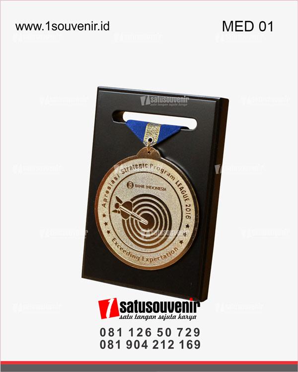 medali apresiasi strategic program league