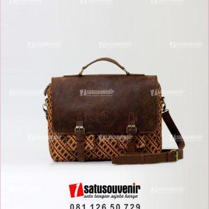 souvenir perusahaan tas kulit batik coklat