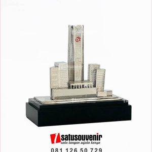 souvenir miniatur gedung telkom