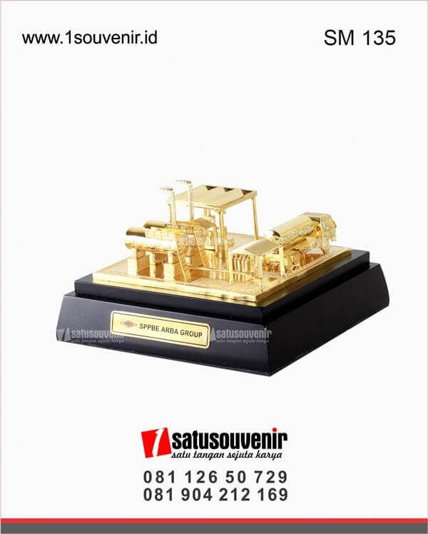 souvenir miniatur sppbe arba group