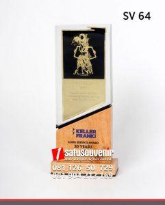 SV64 Souvenir Perusahaan Keller Franki